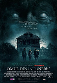 omul-din-intuneric-poster